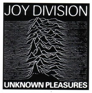 Joy Division- Unknown Pleasures (1979) Diseñada por Peter Saville