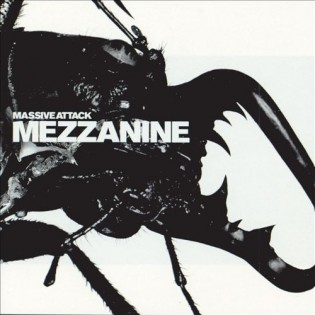 MASSIVE ATTACK - Mezzanine (1998) Diseñada por Tom Hingston